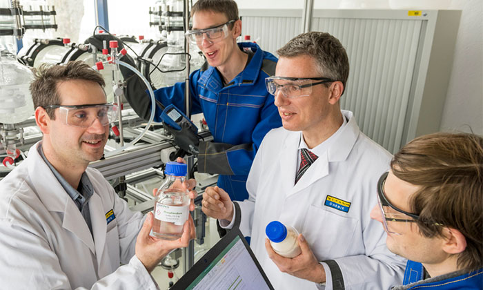Wissenschaftler untersuchen Phosphorsäure zur Rückgewinnung aus Klärschlamm